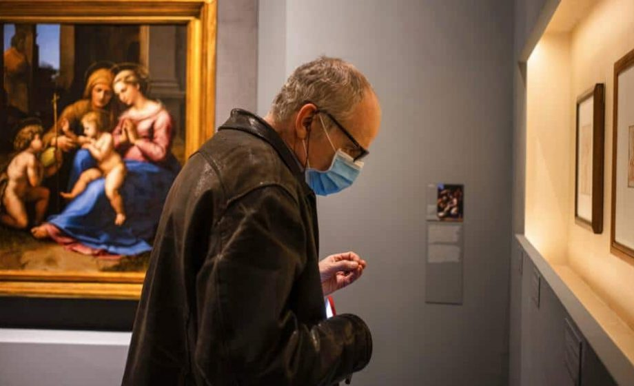 Former Investment Banker predicts that the art market won't recover until a vaccine is widely available