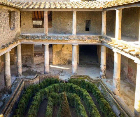 Three Pompeii houses reopen to the public