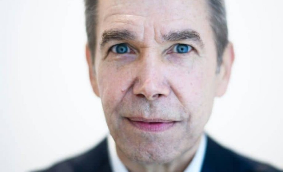Jeff Koons loses appeal in copyright case over naked sculpture