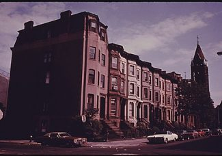 """Nathaniel Mary Quinn's """"the Land"""" is a fascinating take on Brooklyn gentrification"""