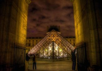 For three nights only, Louvre extends blockbuster da Vinci exhibition to an all-night affair