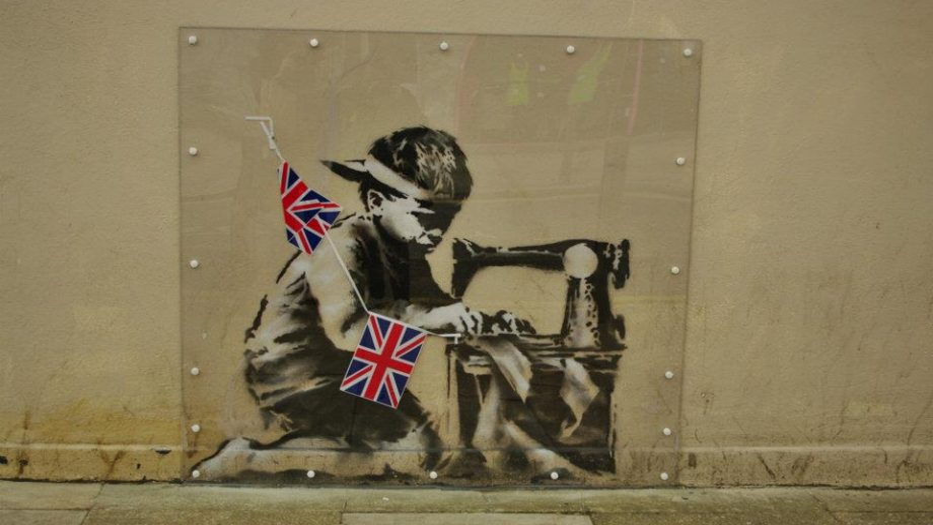 'Popagandist' Ron English intends to whitewash Banksy's $730,000 piece Slave Labour