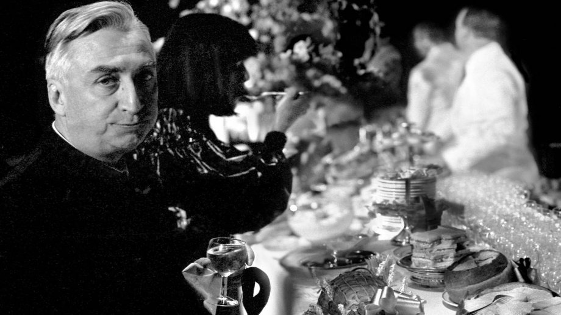 Roland Barthes va au cinéma.