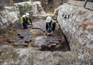 Cesspit at the Courtauld unearths medieval treasures, sheds light on past