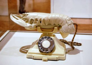 Lobster telephone by Salvador Dalí to remain in the UK