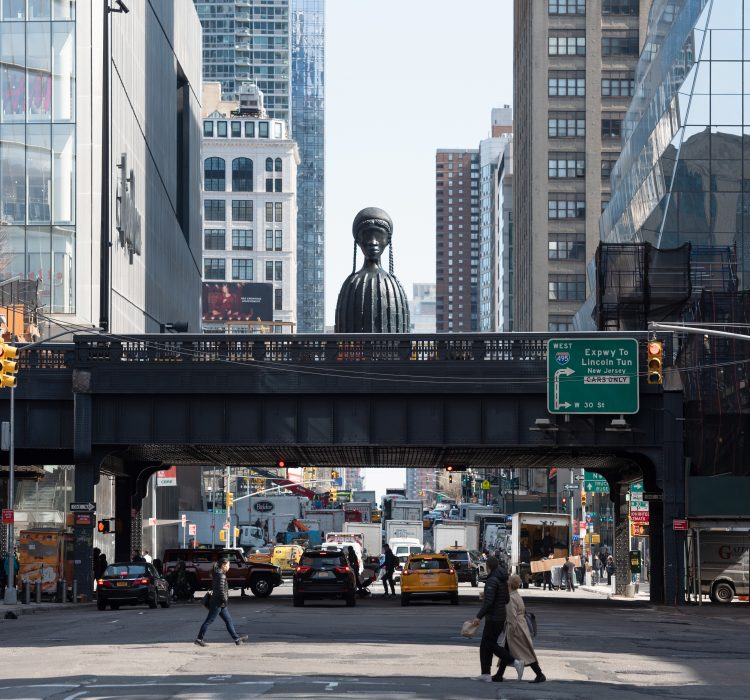 Sculpture by Simone Leigh inaugurates the High Line's newest extension
