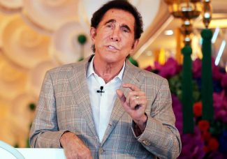 Steve Wynn pays $105 million for 2 Picasso works