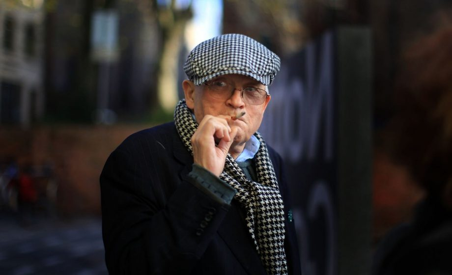 David Hockney says he is moving to France, where he can smoke freely and work 'twice as much'